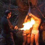 緊縛拘束して身動き取れない浮気妻を室内や野外で強烈な2穴調教する過激SM動画