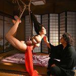 弱み握られ遊郭に売られた美人妻が狂気に満ちた緊縛調教を受ける折檻SM拷問動画